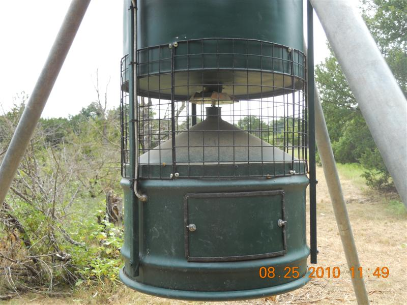 gallon port parts deer feeder bail plugs products portcaps hanging