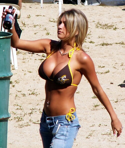 Name:  boobs and beer.jpg Views: 1462 Size:  90.2 KB