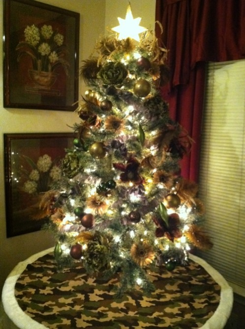Name: ImageUploadedByTapatalk1322955317.311593.jpg Views: 10613 Size: 100.9  KB - Camo Christmas Tree! - TexasBowhunter.com Community Discussion Forums