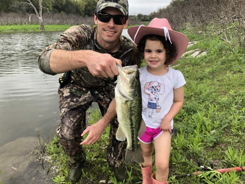 Name:  Fishing with Olivia.jpg Views: 216 Size:  106.6 KB