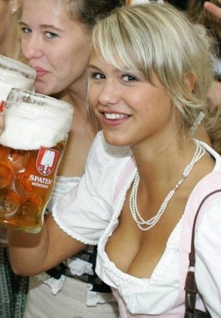 Name:  oktoberfest-girls-cleavage-boobs-25.jpg.webp.jpg